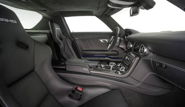 <strong>Mercedes-Benz SLS AMG Electric Drive|<br />メルセデス・ベンツ SLS AMG・エレクトリックドライブ</strong>