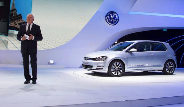 <strong>Volkswagen フォルクスワーゲン</strong> ウルリッヒ・ハッケンベルク博士
