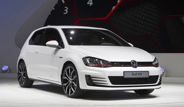 <strong>Volkswagen Golf GTI フォルクスワーゲン ゴルフ GTI</strong>