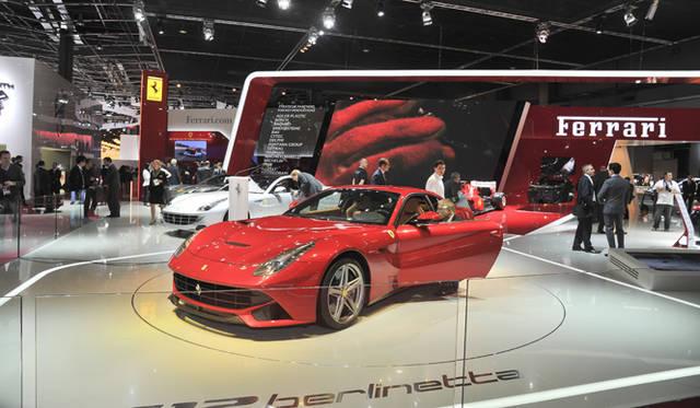 <strong>Ferrari F12 berlinetta|フェラーリ F12 ベルリネッタ</strong>