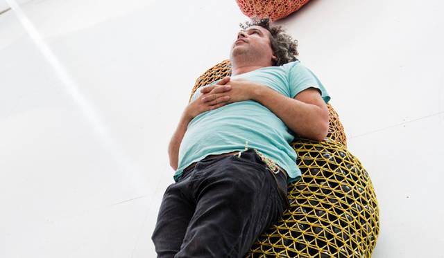 <strong>Ernesto Neto|エルネスト・ネト</strong><br />&copy;Louis Vuitton / J&eacute;r&eacute;mie Souteyrat<br />Courtesy of Espace Louis Vuitton Tokyo