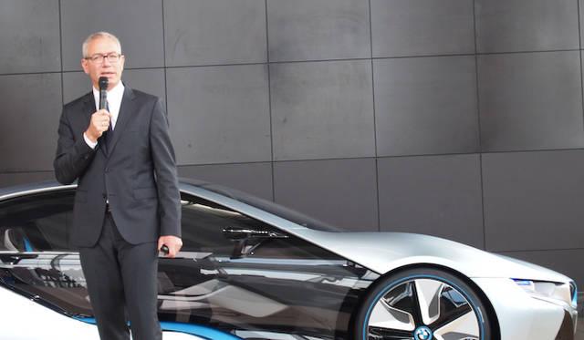 <strong>BMW i8 Concept|ビー・エム・ダブリュー i8 コンセプト</strong><br />BMW AGから来日したBMW i セールス&マーケティング ディレクターのDr.マキシミリアン・ケルナー氏は、BMW iの基本戦略などを語った