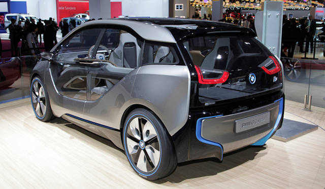 "<strong><a href=""/article/15693"" class=""link12lh15blue"" Title=""BMW i. BORN ELECTRIC TOUR.開催