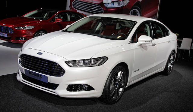<strong>Ford Mondeo|フォード モンデオ</strong>