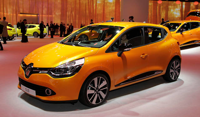 "<strong><a href=""/article/15622"" class=""link12lh15blue"" Title=""パリ現地リポート