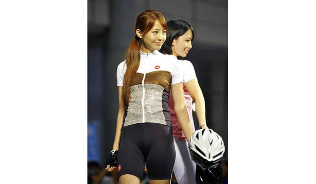 <strong>サイクルモードインターナショナル2012</strong> ファッションショー