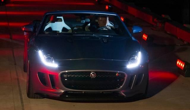 <strong>Jaguar F-TYPE|ジャガー Fタイプ</strong> パリのロダン美術館での発表会