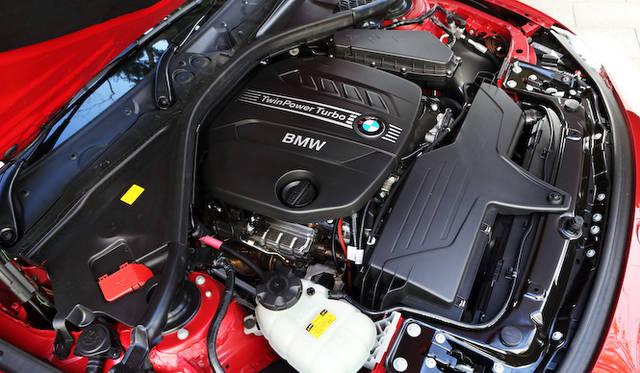 <strong>BMW 320d BluePerformance Touring|ビー・エム・ダブリュー 320d ブルーパフォーマンス ツーリング </strong><br />2リッターの直列4気筒ディーゼルターボエンジンは最高出力184ps、最大トルク380Nmを発生する