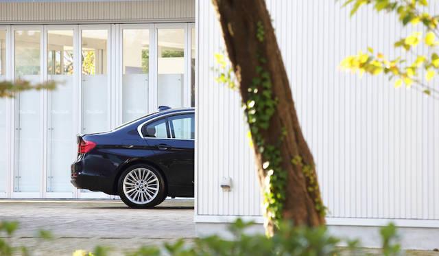 <strong>BMW 3seris|ビー・エム・ダブリュー 3シリーズ</strong>
