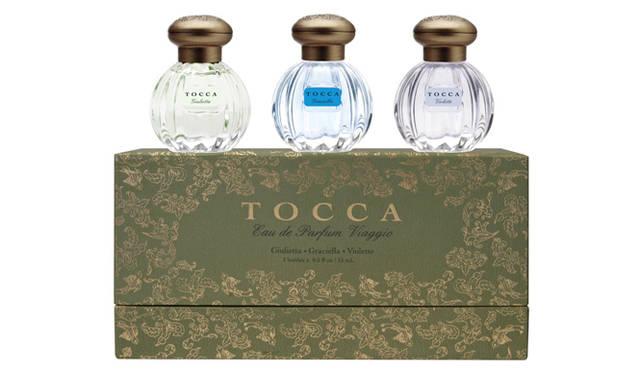 "<div id=""creator_contents_subtext""><strong>TOCCA|トッカ</strong><br />自由な発想から生み出される繊細で女性らしい香りと、ヨーロピアンテイストのロマンティックなデザインで人気を集めるトッカより限定コフレが登場。優美で濃厚な定番人気のフローラルの香り「ジュリエッタ」をはじめ、日本初上陸となるグレース・ケリーへのオマージュを捧げる品格に満ちた香り「グラッシエラ」、初恋のような初々しさを喚起する「ヴィオレット」の全3種の香りをセット。日本初の香りをいち早く楽しみたい!<br /><br />トッカ ミニオードパルファムセット 7245円(11月21日限定発売)<br /><br />グローバル プロダクト プランニング<br />Tel. 03-3770-6170<br />www.global-pp.com </div>"