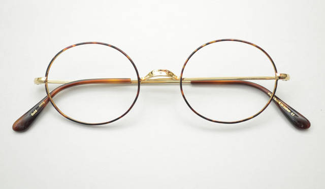 <strong>Continuer|コンティニュエ</strong> 「Continuer 10th ANNIVERSARY FAIR」 Oliver Goldsmith別注 「Oliver OVAL」3万450円