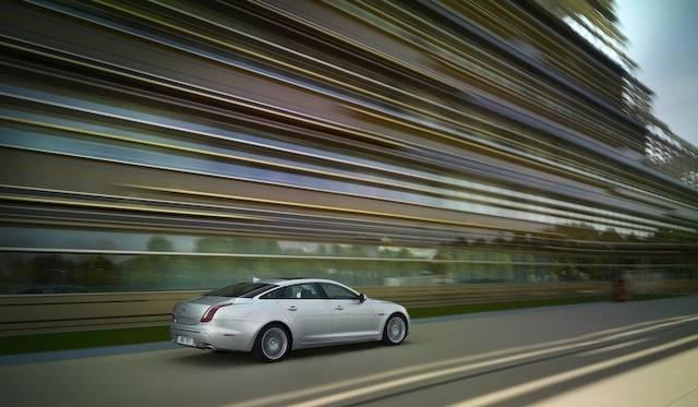 <strong>Jaguar XJ|ジャガー XJ</strong>