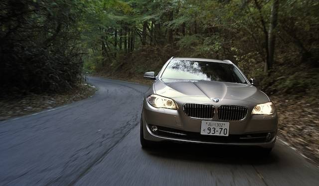 <strong>BMW 523d BluePerformance Touring|ビー・エム・ダブリュー 523d ブルーパフォーマンス ツーリング</strong>