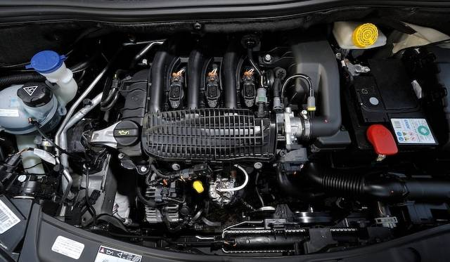 <strong>Peugeot 208 プジョー 208</strong><br />83psを発生する、新開発の直列3気筒エンジンは、排気量1.2リッター