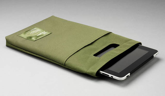 <strong>Unit Portables|ユニット・ポータブルズ</strong>  iPadバッグ5800円