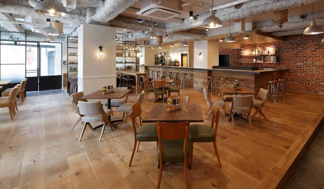 <strong>cafe 104.5|カフェ イチマルヨンゴー</strong> カフェスペース
