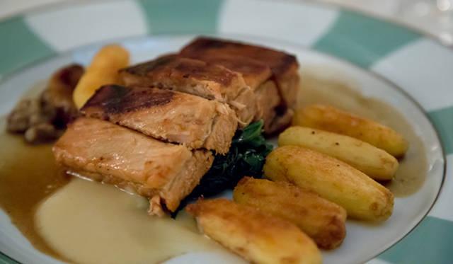ミシュラン3ツ星を獲得したゴードン・ラムゼイ氏によるディナーを楽しめるのも「クラリッジズ」の魅力のひとつ