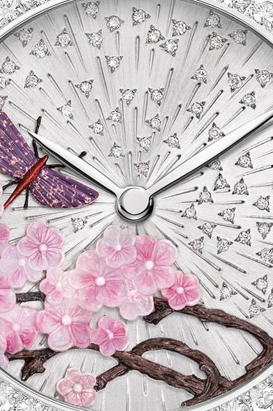「Attrape Moi|アトラップ・モワ」 桜とカゲロウのモチーフ