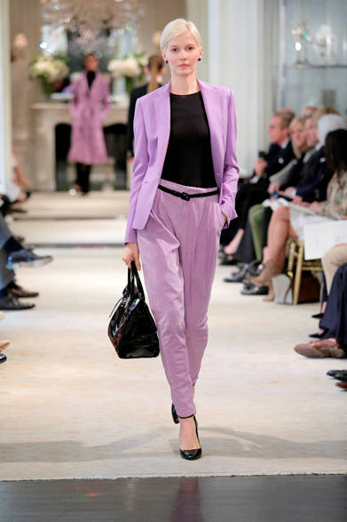 """<strong>RALPH LAUREN COLLECTION ラルフ ローレン コレクション</strong> <a href=""""/article/18179 """" class=""""link12lh15blue"""">2014年春夏プレコレクション</a>"""