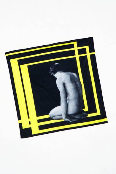 <strong>ato|アトウ</strong>  ato×Thomas Dozol コラボレーション 「Colin(Flat Space #1), 2012」 青山店限定アイテム / バンダナ2940円