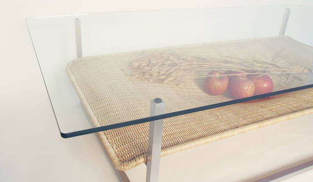 <strong>LIVING MOTIF|リビング・モティーフ</strong>  二俣公一 × E&Y 特別展示 ローテーブル「HAMMOCK」(W140×D75×H36cm)19万9500円