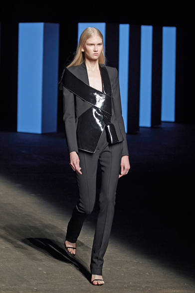 """<strong>Dion Lee