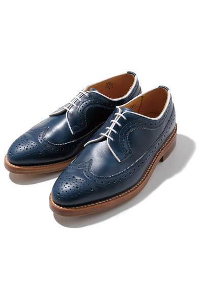 <strong>MEN'S|メンズ</strong><br /> <strong>BARNEYS NEW YORK|バーニーズ ニューヨーク</strong><br /> 英国の歴史と伝統の靴作りで定評のある「トリッカーズ」。最高級の素材を使用し、職人が手作りで仕上げる。6万4050円(Tricker's)