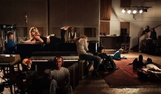 <strong>NEWS|ケイト・モス、トム・フォード、ジョニー・デップらが出演するポール・マッカートニーの新曲PV「クイーニー・アイ」を公開!</strong>
