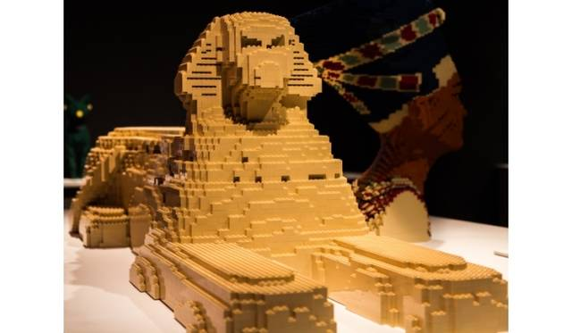 <strong>ART FILE 25|「THE ART OF THE BRICK」</strong> スフィンクス