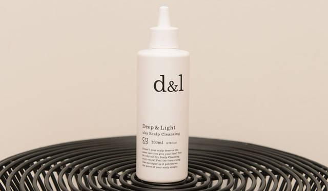 <strong>uka|ウカ</strong> きめ細やかな泡で頭皮の余分な皮脂をすっきり洗浄できるウカスカルプクレンジング「Deep & Light(ディープ&ライト)」