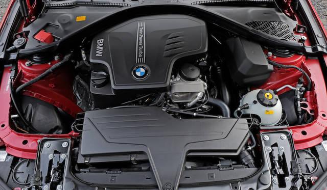 428iは2リッター直4ツインパワー ターボエンジンから、最高出力180kW(245ps)/5,000rpm、最大トルク350Nm(35.7kgm)/1,250-4,800rpmを発揮