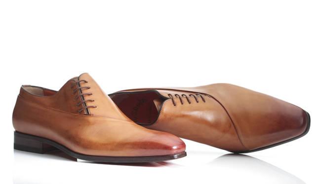 <strong>Santoni|サントーニ</strong> 靴10万5000円(阪急メンズ東京 地下1階)