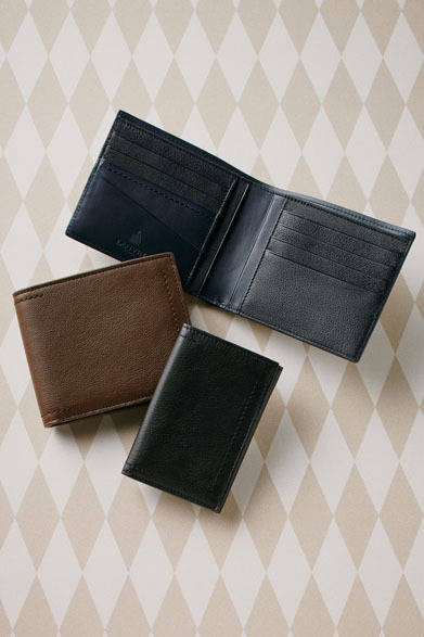 二つ折り財布 各3万5700円、カードケース2万4150円(ランバン/阪急メンズ東京2階)