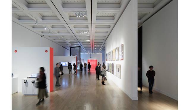 昨年度[第16回]文化庁メディア芸術祭 受賞作品展の様子 提供:文化庁メディア芸術祭事務局