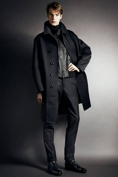 """<strong>TOM FORD トム・フォード</strong> <a href=""""/article/21947"""" class=""""link12lh15blue"""">2014-15年秋冬メンズコレクション</a>"""