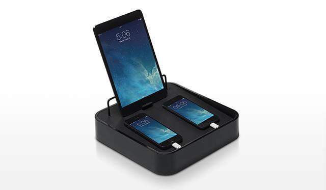 iPad 1台とiPhone 2台をまとめれる