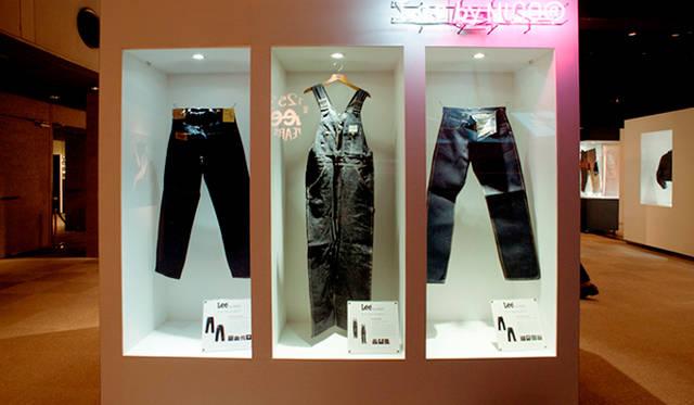 クリエイティブディレクターのNIGO®氏が所有する、膨大なLeeのコレクションから自ら厳選した1920~1930年代のレアなモデルをベースにデザインされた「Lee by NIGO®」。会場にてお披露目とともに先行販売をおこなった