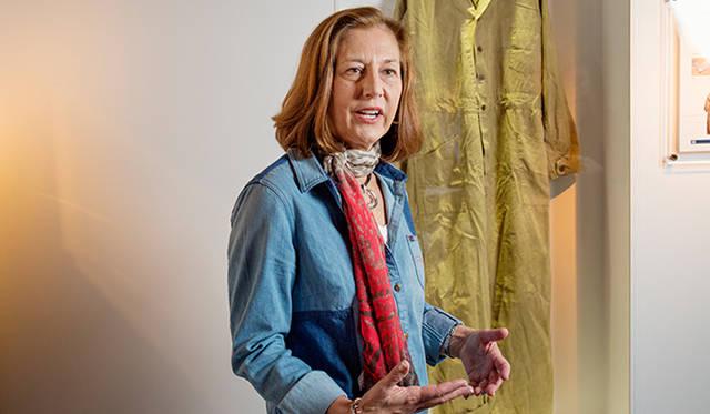 「ウィメンズの『Union-Alls』は、カンザスシティのミュージアムにはありません。これは、アジアコレクションのみの展開であり、とても貴重なピースです」