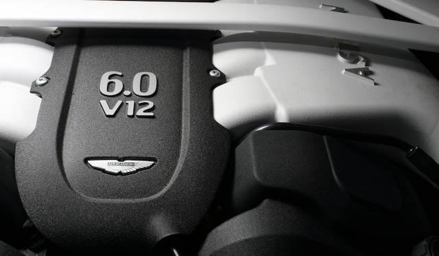 6リッターV12エンジンは最高出力410kW(558ps)/6,750rpm、最大トルク620Nm/5,500rpmを発揮