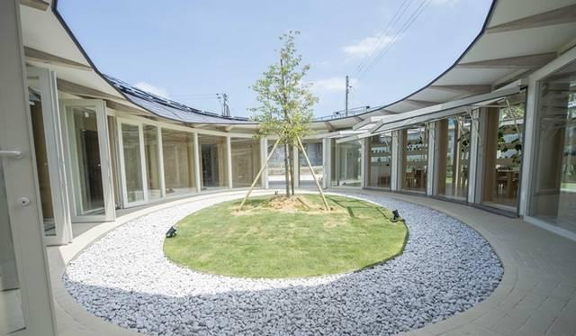 <strong>ART|『LVMH 子ども アート・メゾン』福島県相馬市にオープン</strong> &#169; LOUIS VUITTON / Tadamasa Iguchi