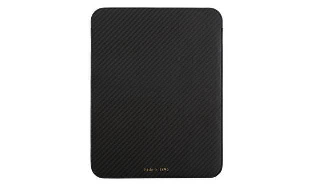 <strong>hide kasuga 1896</strong><br />iPadケース 4万3200円