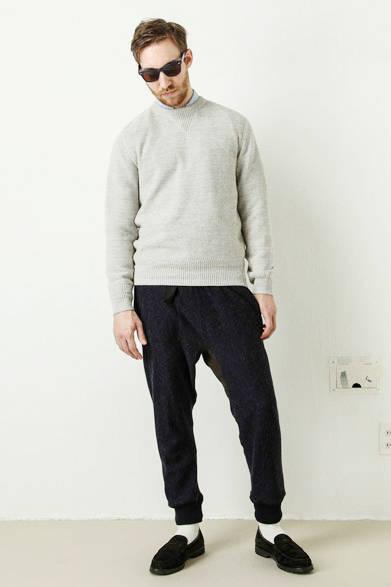 cotton linen wool waffle pullover 1万9440円、wool sweat pants 1万9440円