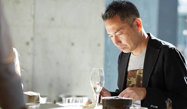 森氏は川上氏と同じ「サーモンコンフィ」をチョイス。二人とも「火入れが素晴らしい」と意見が一致した