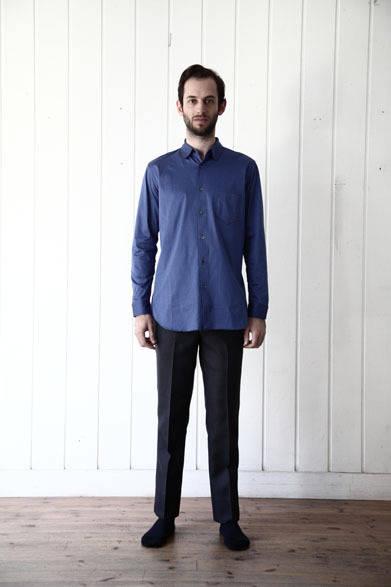 カットソーシャツ 2万9160円、パンツ2万9700円