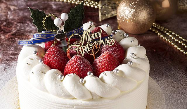 "<strong>Holiday Gift Guide 2014<br /> 今年買うべきクリスマスケーキはこれだ!</strong><br /><br />  <H1 id=""title3"">ウェスティンホテル東京</H1> <div style=""height: 7px;"">&nbsp;</div>  <H1 id=""title2"">随所に工夫を凝らした極上の定番</H1> <div style=""height: 7px;"">&nbsp;</div>  <div id=""creator_contents_subtext""> 永遠の定番、ストロベリーショートケーキ。フレッシュなイチゴを、純白の生クリームで包んだおなじみのケーキも、鈴木一夫氏の手に掛かればひと味もふた味もグレードアップ。ほどよくイチゴのシロップを含んだ、しっとりした食感が特徴のスポンジ生地に、イチゴと上品な甘さの生クリームを絶妙なバランスでサンド。ひと口食べれば、スポンジ生地とイチゴ、生クリームが三位一体となった極上の味が口のなかいっぱいに広がる。  <br /><br />  <strong>「ストロベリーショートケーキ」</strong><br /> 価格|4600円(直径15センチ)<br /> 予約期間|12月18日(木)18時まで<br /> 引渡期間|12月20日(土)~25日(木)<br /> 引渡場所|ウェスティンホテル東京 1階「ジンジャーブレッドハウス」<br /> 予約方法|電話、1階「ウェスティン デリ」、ウェブサイト <br /><br />  ウェスティンホテル東京<br /> 東京都目黒区三田1-4-1<br /> Tel. 03-5423-7778(ウェスティン デリ)<br /> http://www.westin-tokyo.co.jp </div>"