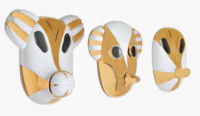 <strong>bosa(ボーサ)</strong> セラミックのあらたな表現を探究し、空間に彩りを与えるユニークな作品を発表しつづけているイタリアのブランド。独自の美しい彩りのセラミックは、独自の革新的な技術によって完成している。ハイメ・アジョンをはじめとする、多数の著名なデザイナー、建築家によるデザインの作品を発表している