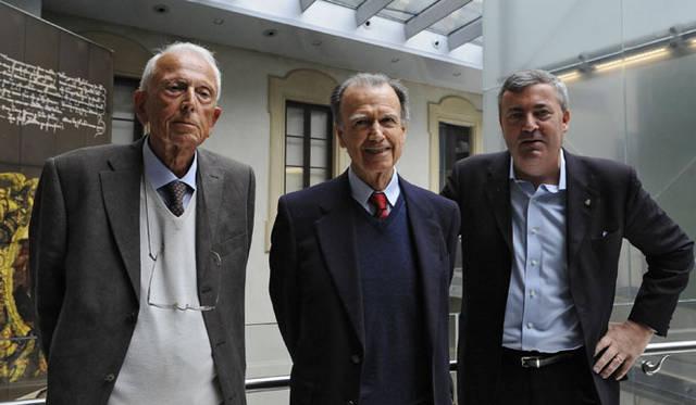 カルロ・マセラティ氏(左)とアルフィエリ・マセラティ氏(中央)、右はマセラティ広報のデルモンテ氏
