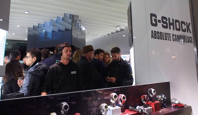 オープニングでは、DJブースが店頭に設置された。</br></br>  <strong>G-SHOCK Corso Como</strong><br /> 営業時間|10:30〜13:30、14:30〜19:30<br /> 定休日なし<br /> Corso Como 9,20154,Milano,Italia<br /> Tel. +39 02 8725 0655