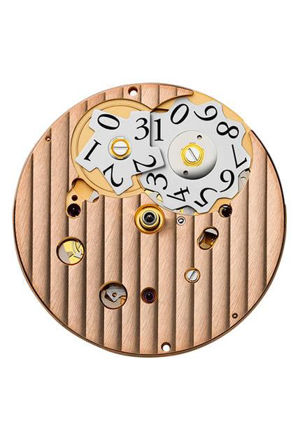 <strong>トンダ クロノール アニヴェルセール</strong><br /> ムーブメント│手巻き(Cal.PF361)<br /> 機能│スプリットセコンド・クロノグラフ(30分積算計、12時間積算計)、日付表示(2枚のディスクを使うビッグデイト)<br />