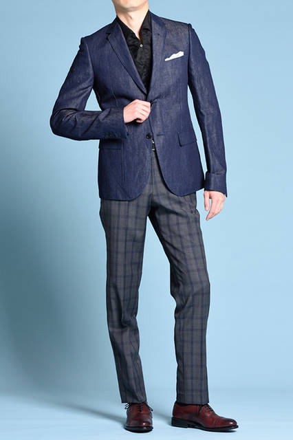 """<strong>MEN'S STYLE</strong><br /> セミブローグの美しいフォルムと深いブラウンの色味が、スマートなジャケットスタイルに華やかさを与えてくれる。   <br />  <a href=""""/gallery/1470755/1"""" class=""""link_underline""""> 靴 3万240円</a>  <br /> <br />  <a href=""""http://www.regalshoes.jp/week/16s/mens/#shoes02"""" target=""""_new"""">http://www.regalshoes.jp/week/16s/mens/#shoes02</a>"""